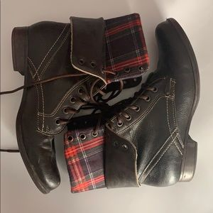Shoes - Foldable Boots